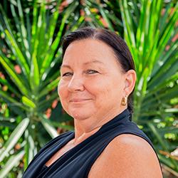 Division 6 Cr Lynette Jones
